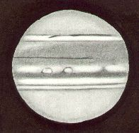 Jupiter, drawn by Ken Clarke, as viewed through a 10″ F4.3 Reflector, 308x. w1=54deg, w2=141deg, seeing 2/5, at 21:00 UTC on April 22nd, 1991