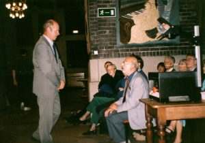 Dr. Pavel Kotrc, professional astronomer and friend of the Vlasim Astronomical Society, addressing LAS members on Saturday16th September, 2000