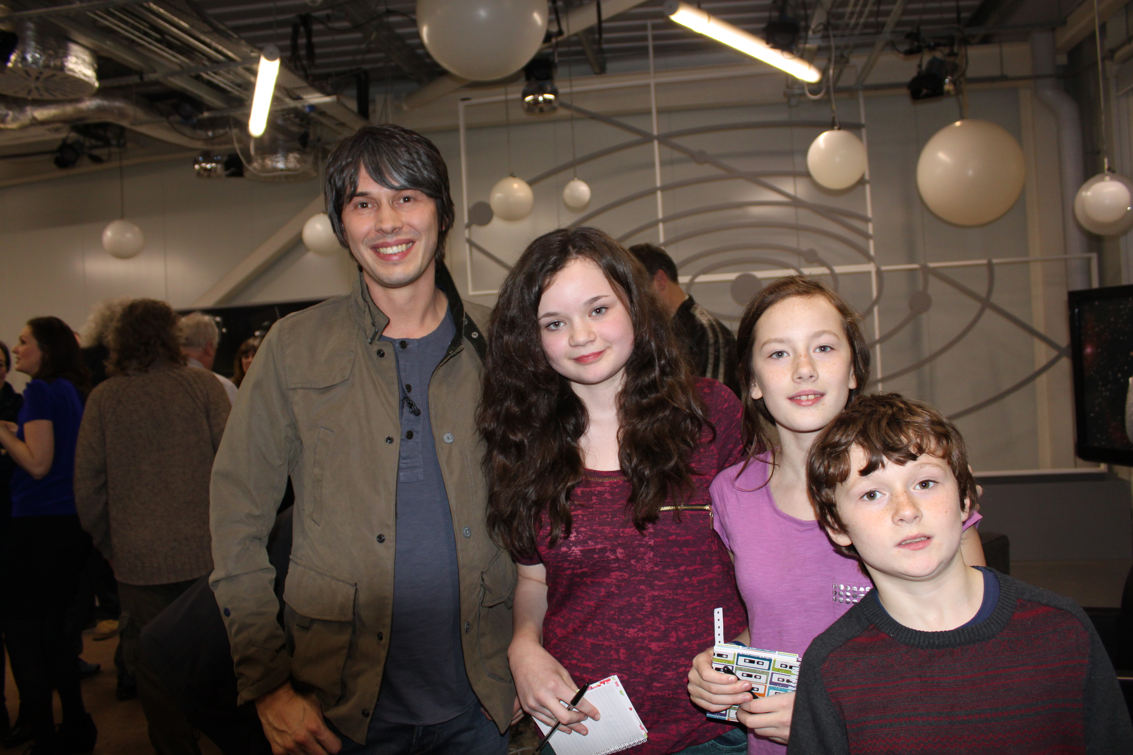 At the Jan 2013 BBC Star Gazing Live, some of our Young Astronomers participated in the Jodrell Bank evenings and met Professor Brian Cox