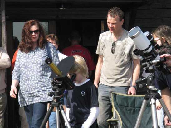 Open day at the Leighton Observatory, 9th April 2011