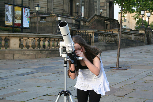 A member of the public at William Brown Street Sidewalk Astronomy event, 19th May 2007