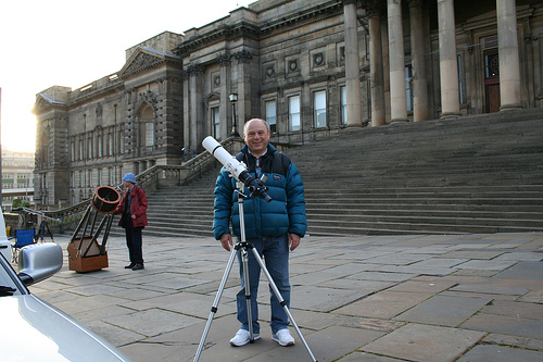 Steve Southern at William Brown Street Sidewalk Astronomy event, 19th May 2007