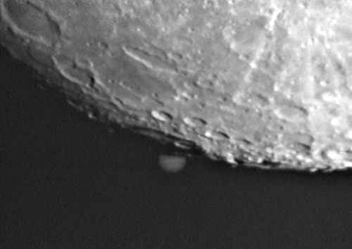 Jupiter-Lunar Grazing Occultation by Rob & Mark Johnson, David Robinson, Gerard Gilligan and Dave Galvin, taken from Broadgreen on Saturday, 26th January, 2002
